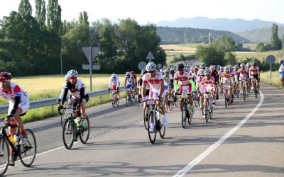 Espectacular paso de los 9.000 cicloturistas de la QH 2014