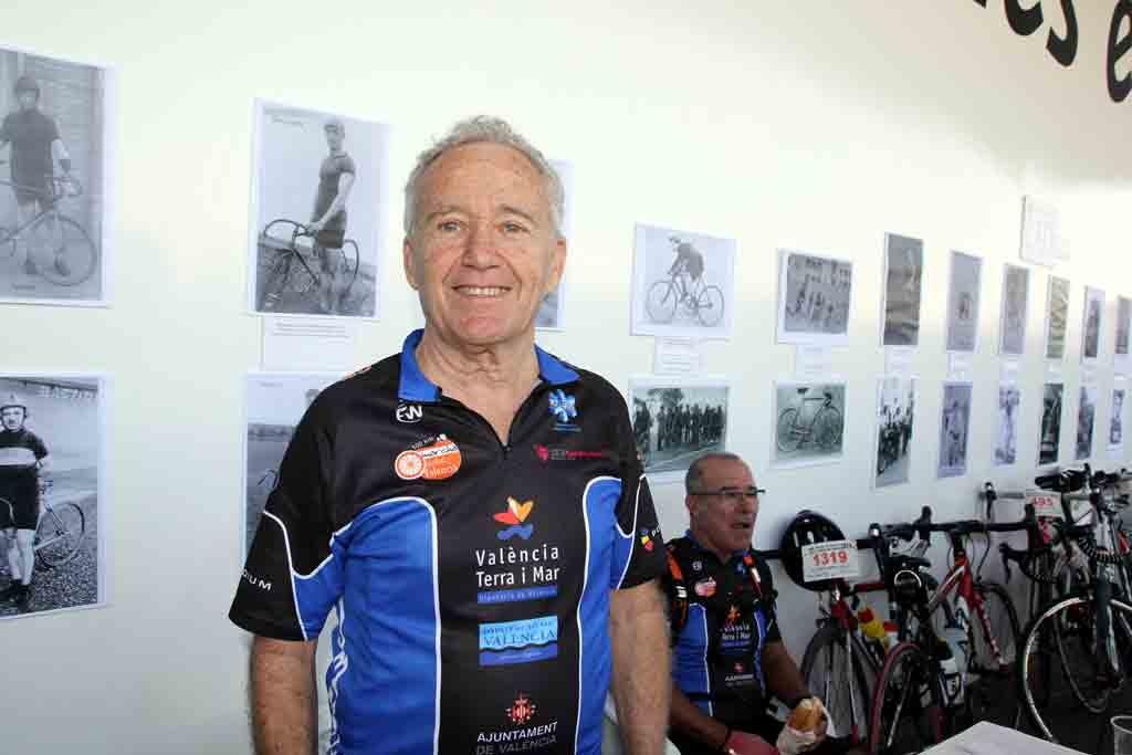 cicloturistasVicente Miranda foto: qué grande ser ciclista