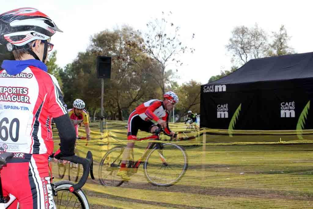 practicar ciclocross