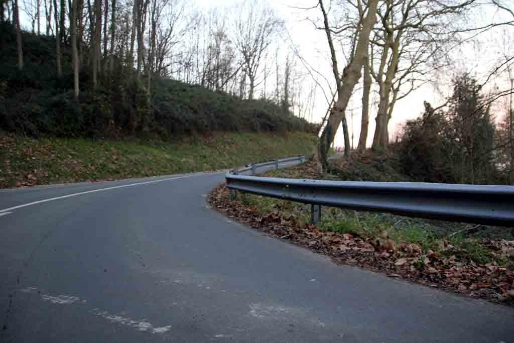 Jaizkibel Protegida por castaños, el alto de Jaizkibel es ideal para ser subido en invierno. Imagen tomada un 29 de diciembre. Foto: qué grande ser ciclista