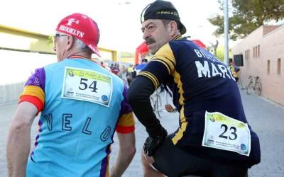 Ciclistas de leyenda: viaja al centro de su corazón