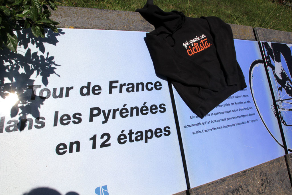 Tourmalet Homenaje al Tour de Francia y los Pirineos, imprescindible. foto: qué grande ser ciclista