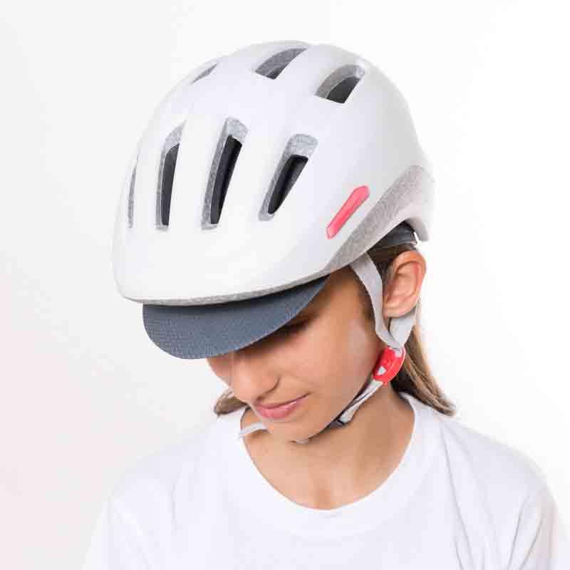 Las gorras de ciclismo clásicas vuelven a enamorarnos qué grande ser ... e6d524d7b26